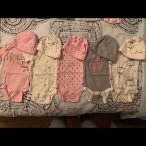 Newborn Onesie and Beanie Set (Girl) (5 Included)